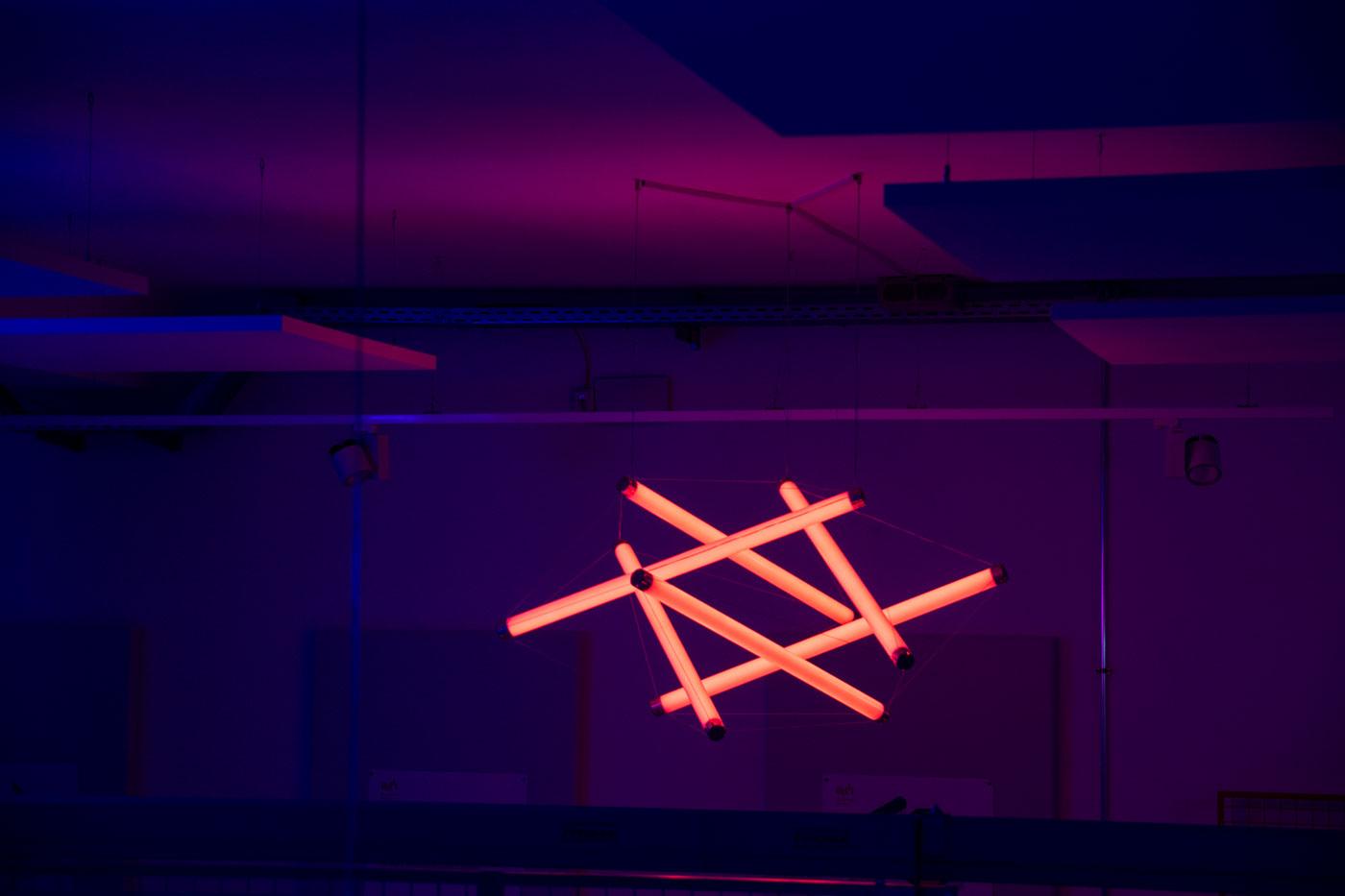 Blau Rot Life Science Factory Göttingen LED Leuchte