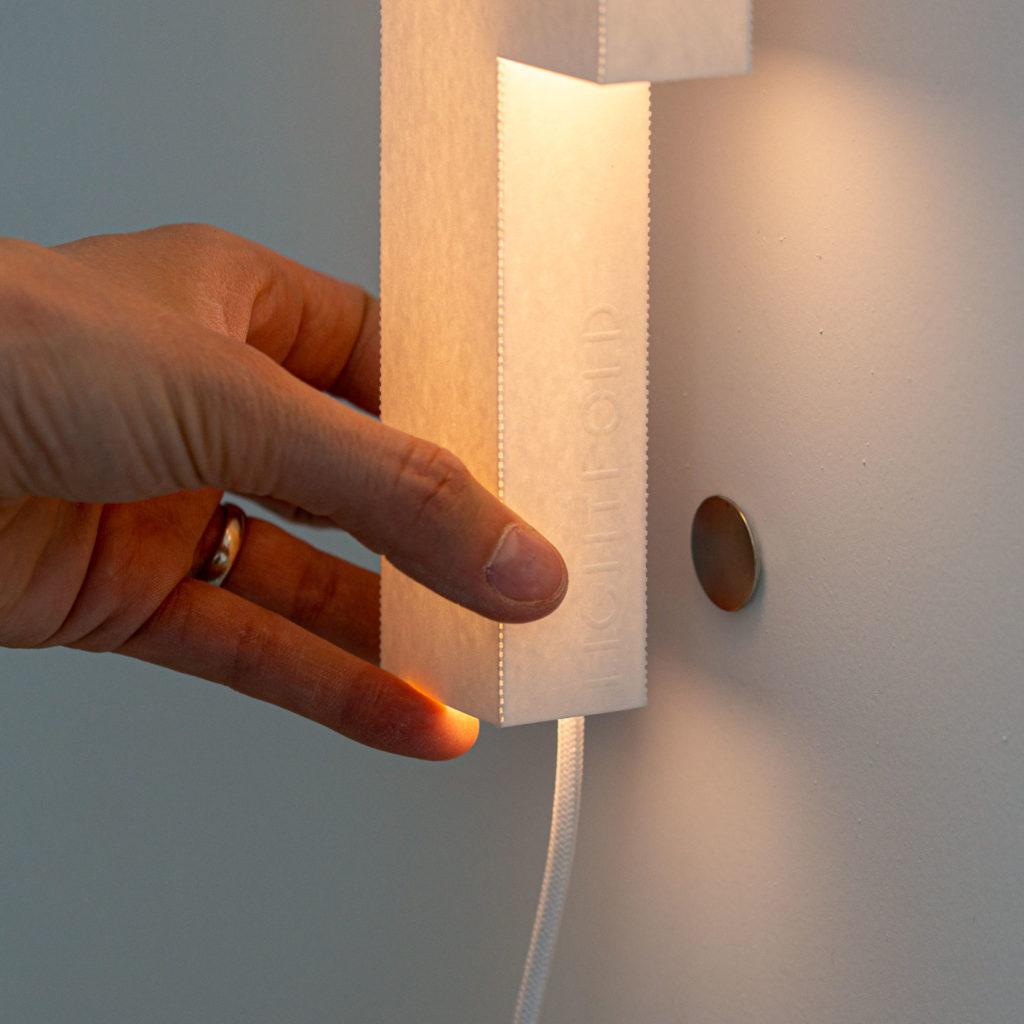 Smarte Anbringung durch Magnete - in sekundenschnelle angebracht.